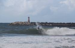 Molhe-Leste-surfing